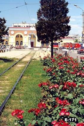 Возле вокзалов Евпатории