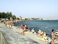 Пляж на набережной им. Караева