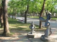 Скульптуры героев мультфильмов